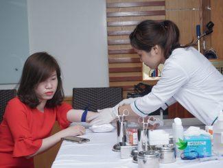 Xét nghiệm máu tại phòng khám Meditec Clinic